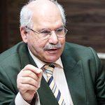 رئیس خانه اقتصاد ایران: شوک بنزینی آبان محصول هفت سال پوپولیسم بود / بنزین باید پنج هزار تومان باشد/ جای یارانه نقدی «کارت انرژی» میدادیم